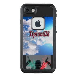 Tipton628 mit einem wenigen Anime LifeProof FRÄ' iPhone 8/7 Hülle