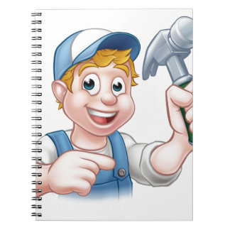Tischler-Heimwerker, der Hammer hält Notizblock