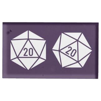 TischplatteChic im lila Tabellen-Karten-Stand