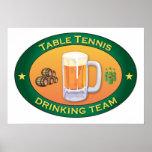 Tischtennis-trinkendes Team Posterdrucke