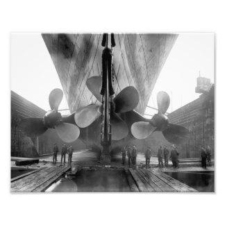 Titanische Propeller Fotodrucke
