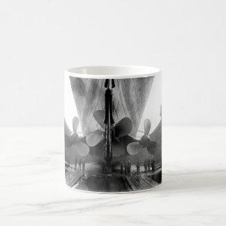 Titanische Propeller Kaffeetasse