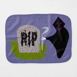 Tod im Friedhofs-Halloweenburp-Stoff Baby Spucktuch