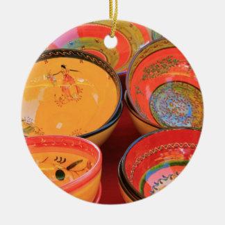 Tonwaren in traditionellen Provencal Farben Keramik Ornament
