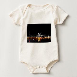 Toronto-Skyline Baby Strampler