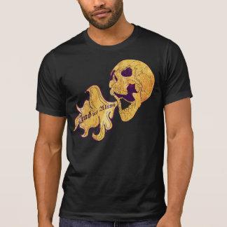 Tot aber lebendig T-Shirts