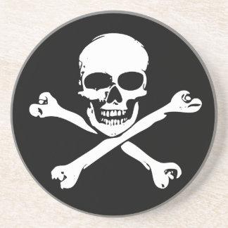 Totenkopf mit gekreuzter Knochen Getränkeuntersetzer