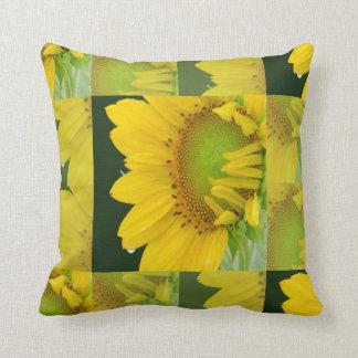 Touch des gelben Blumen-Kissens Kissen