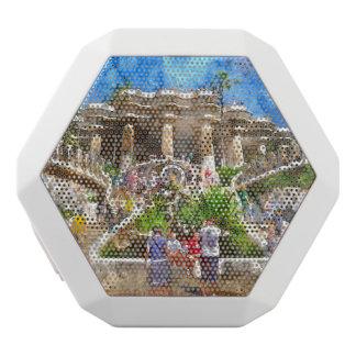 Touristen bei Parc Guell in Barcelona Spanien Weiße Bluetooth Lautsprecher