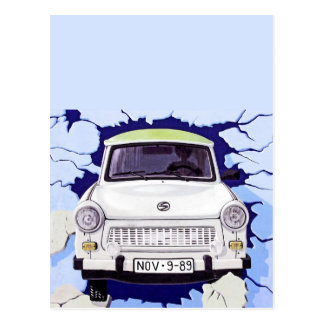 Trabant-Auto, hellblau, Berliner Mauer Postkarte