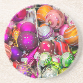 Traditionelle Glasverzierungen am Weihnachtsmarkt Untersetzer