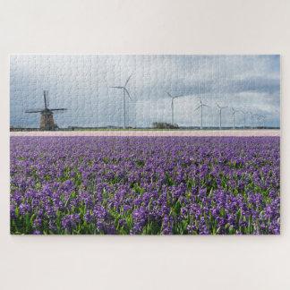 Traditionelle und moderne Windmühlen mit Blumen Puzzle