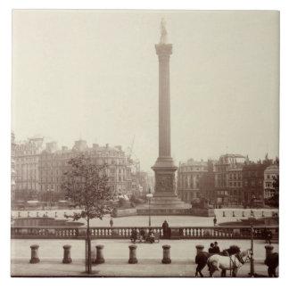 Trafalgar Quadrat, London (Sepia-Foto) Keramikfliese