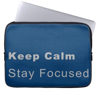 Tragbare Hülle für keep calm, stay, focused Laptop Schutzhülle
