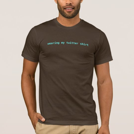 Tragen meines Twitter-Shirts T-Shirt