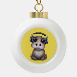 Tragende Kopfhörer niedliches Baby-Flusspferd-DJ Keramik Kugel-Ornament