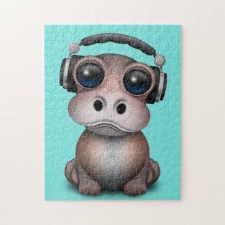 Tragende Kopfhörer niedliches Baby-Flusspferd-DJ Puzzle