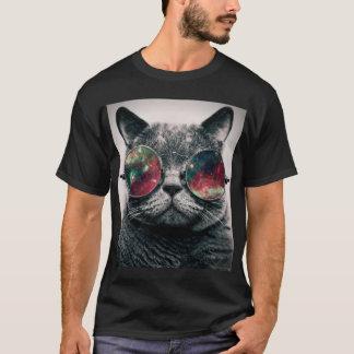 tragende Sonnenbrille der Katze T-Shirt