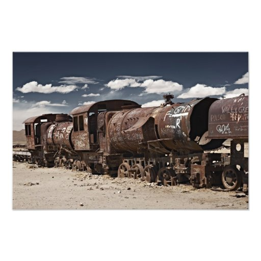 train cemetery near Salar de Uyuni Photographien
