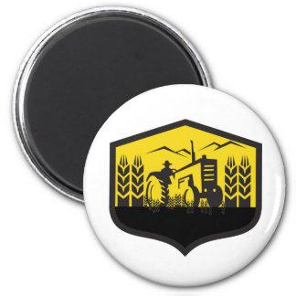 Traktor, der das Weizen-Bauernhof-Wappen Retro Runder Magnet 5,1 Cm