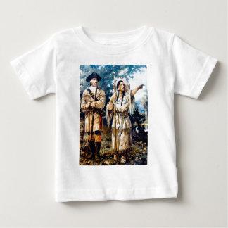 Trapper und indische Frau Baby T-shirt