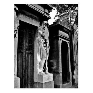 Trauer im Friedhof Postkarte