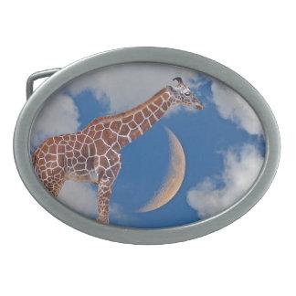 Träumerische Giraffe Ovale Gürtelschnallen