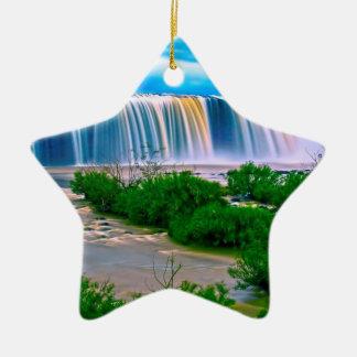Träumerische Wasserfall-Landschaft Keramik Ornament