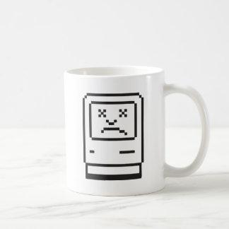 Traurige Computer-Ikone Kaffeetasse
