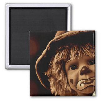 Trauriges Clown-Puppen-Gesicht Quadratischer Magnet