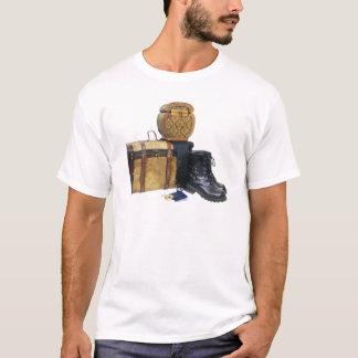 Traveling040309 T-Shirt