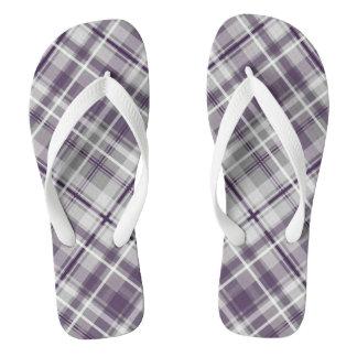 trendy lila lila graues kariertes Muster Flip Flops