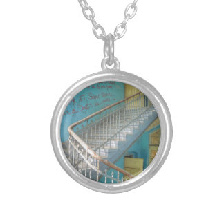 Treppe 01,0, verlorene Plätze, Beelitz Versilberte Kette