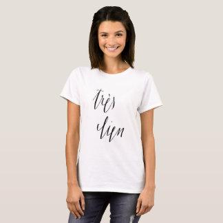 Très Bien der französischen das T-Shirt