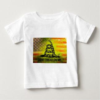 Treten Sie nicht auf mir Baby T-shirt