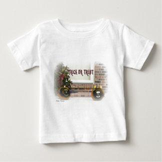 Trick oder Leckerei schwarzes Ghoulie stellten Baby T-shirt