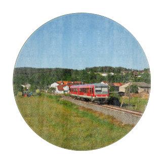 Triebwagen bei Münchhausen Schneidebrett