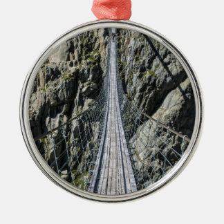 Triftsee Hängebrücke - Gadmen - Switzerlan Rundes Silberfarbenes Ornament