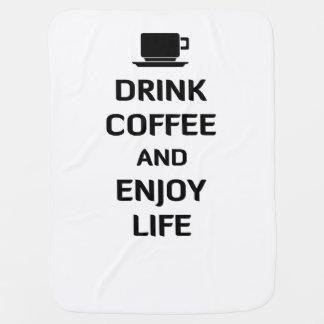 Trinken Sie Kaffee und genießen Sie das Leben Babydecke