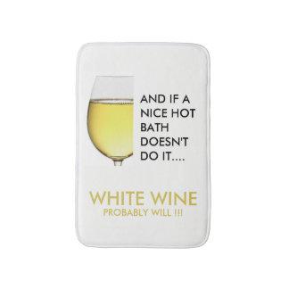 Trinkender weißer Wein des Witzes Badematte