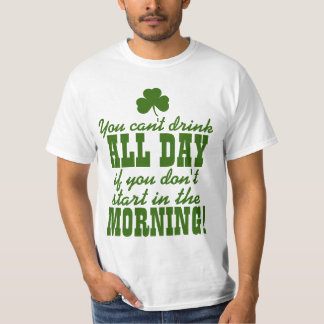 Trinkendes Party lustiger St. Pattys Tages T-Shirt