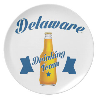 Trinkendes Team Delawares Melaminteller