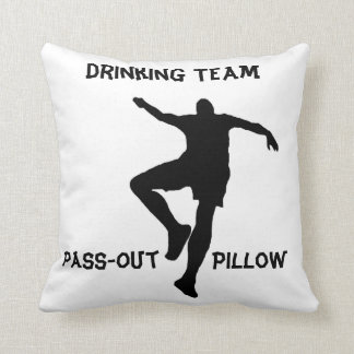 Trinkendes Team Durchlauf-heraus Kissen