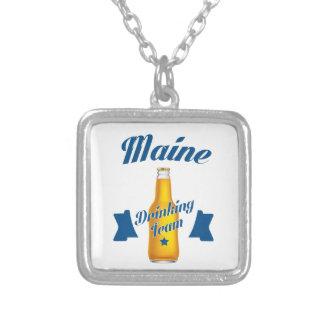 Trinkendes Team Maines Versilberte Kette