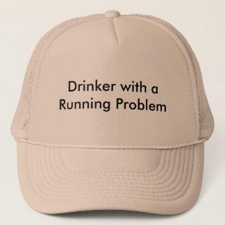 Trinker mit einem laufenden Problem Truckerkappe