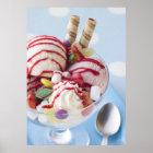 Trio der Eiscreme und des süßen Eiscremebechers Poster