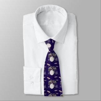 Trommel-Set mit Becken-Muster-Krawatte Krawatte