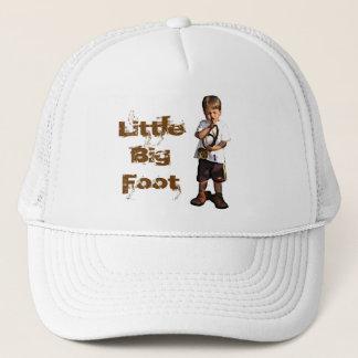 Trompet Junge, wenig großer Fuß Truckerkappe