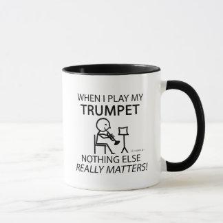 Trompete nichts anderes ist von Bedeutung Tasse