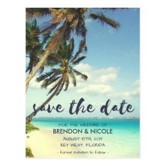 Tropische Brisen-Strand-Hochzeit Save the Date Postkarte
